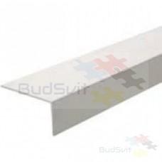 Угол пластиковый защитный белый арочный 10 * 20 * 2700 мм